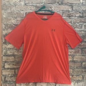 UnderArmour thread-borne heat-gear Vneck T-shirt